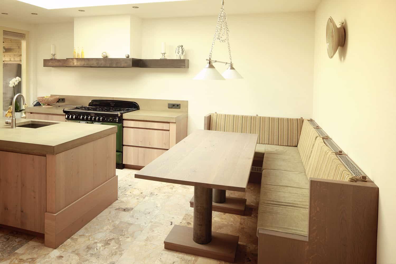 Keuken Hoekbank Met Tafel : eiken keuken eiken tafel met rvs poten en eiken hoekbank met