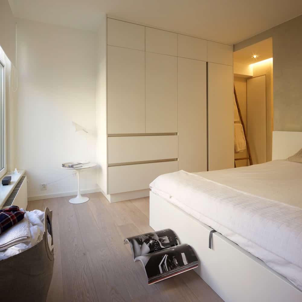 kledingkast slaapkamer kledingkast op maat met verschillende lades ...